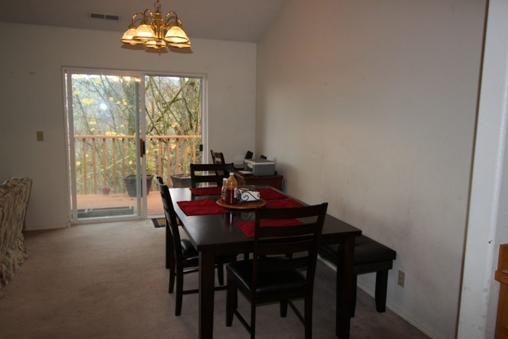 12 View Point Terrace Longview WA 98632 - Dinning Room